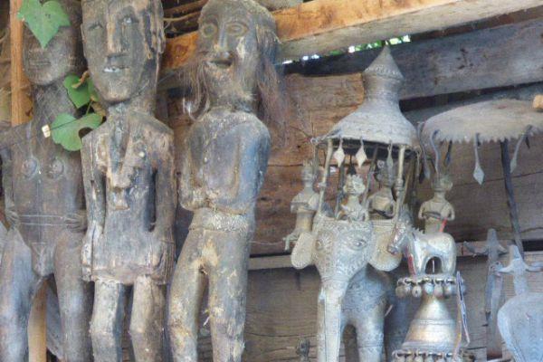 Holzfigur (Krieger) - Nagaland