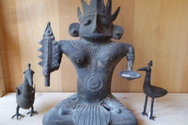 Göttin - Gelbguss aus Orissa