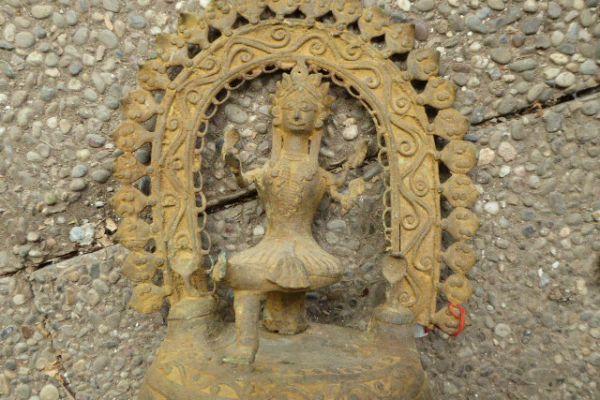 Manasa Devi - Gelbguss
