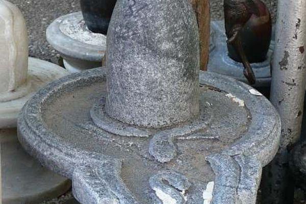 Shiva Lingam - Flußfund aus dem Ganges