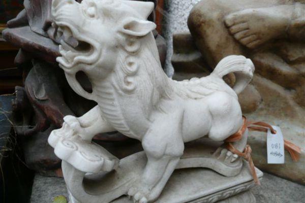 Phudogs - Steinmetzarbeit aus Marmor
