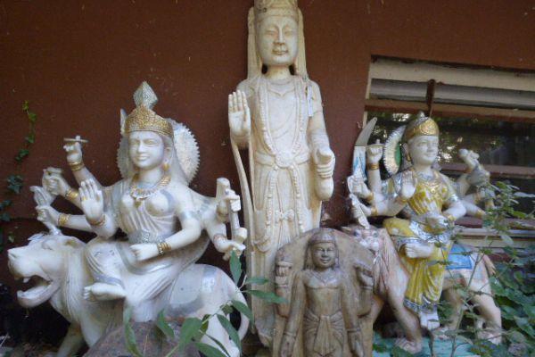 Durga und Quan Yin - Asiatica Foth in Freiburg