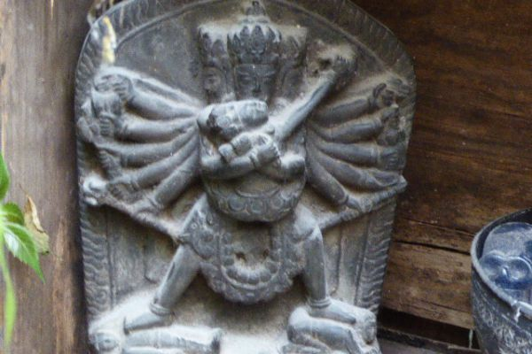 Kalachakra - Steinmetarbeit aus Nepal