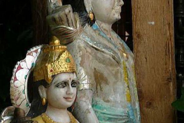 Rama und Sita - Marmorflußfund aus dem Ganges