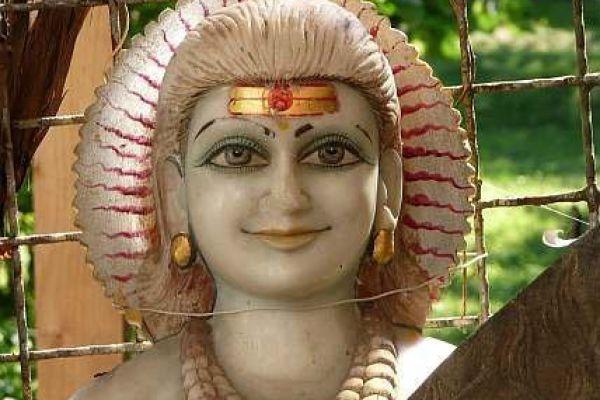 Sadhu - Marmorfigur