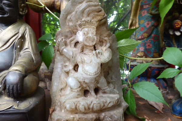 Bairava - Bergkristallfigur aus Nepal