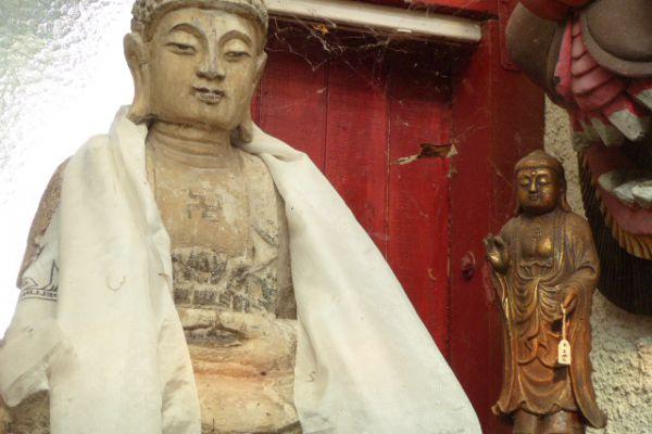 Buddha - Holzschnitzerei aus China