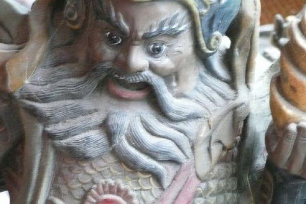 Kuan Kung - Holzschnitzerei