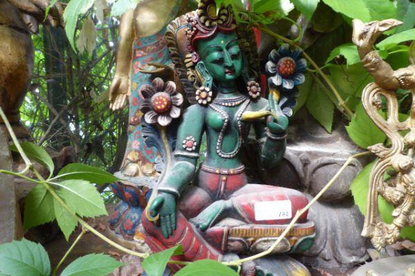 grüne Tara - Holzschnitzerei