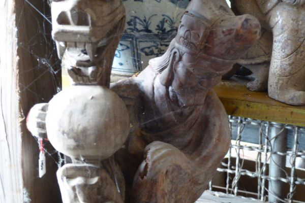 Meister Eisenkrücke - Holzfigur