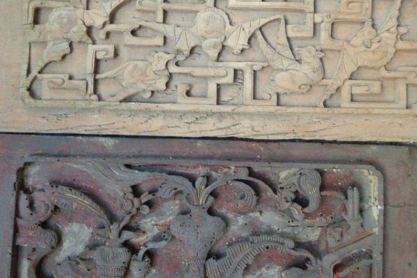 geschnitztes Holzrelief - Asiatica Foth