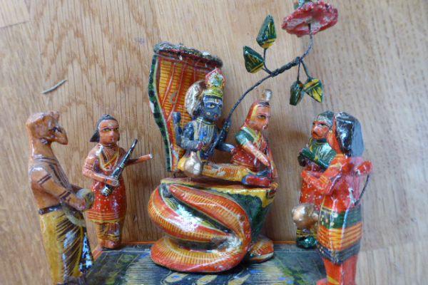 lackiertes Holz-Varanasi